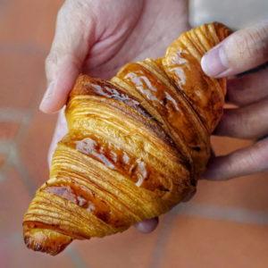 petit pain croissant review